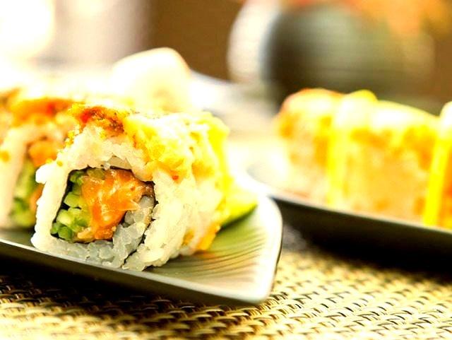 Salmon Sushi by BasharAlaeddin
