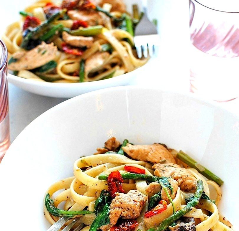 Chicken & Vegetable Fettuccine